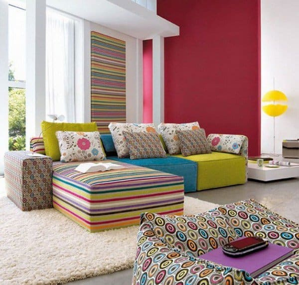 25. COLOR MATCHED WITH GREAT PATTERNS floor sofa